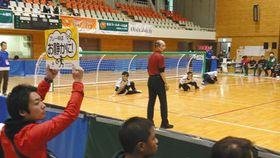 13、14日に開かれたゴールボールの国際大会「ジャパンメンズオープン」=佐倉市民体育館で