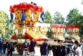 3年ぶりの復活で勇壮な姿を披露した八丁太鼓台=観音寺市柞田町、日枝神社