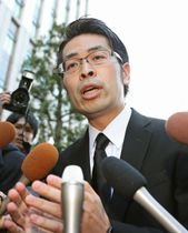 金融庁を訪問したコインチェックの大塚雄介取締役=13日午後、東京・霞が関
