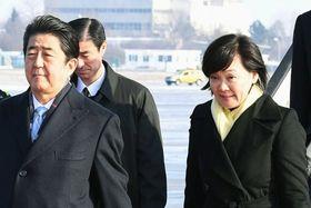 安倍首相と昭恵夫人