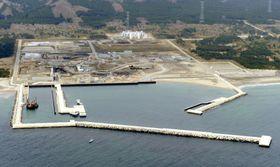 建設が中断している東京電力の東通原発=2011年5月、青森県東通村