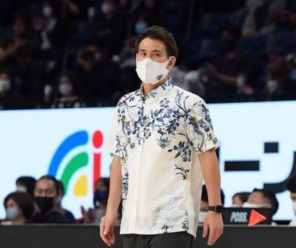 琉球ゴールデンキングスの藤田弘輝ヘッドコーチ