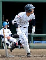 浦和学院―白岡 延長12回裏浦和学院無死一塁、中前が中越え二塁打を放ち、サヨナラ勝ちする