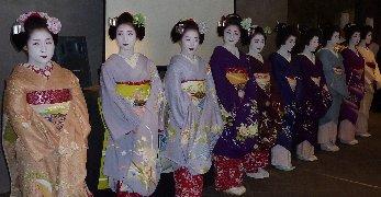 ■オープニングに華を添えた舞妓さんたち