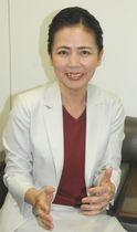 女性で初めて県高野連副会長に就任した仲山久美子さん=沖縄タイムス社