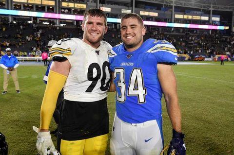 増える兄弟対決、親子3代でプレーする「NFL一家」も
