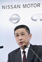 前会長のカルロス・ゴーン被告が逮捕されてから初めての決算を発表し、記者会見する日産自動車の西川広人社長=12日午後、横浜市