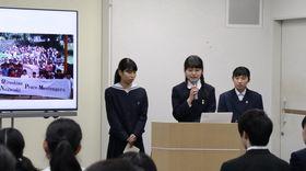 フィリピンでの活動を報告する(左から)永石さん、森さん、宮野さん=長崎市平野町、長崎原爆資料館