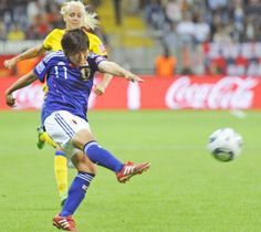 2011年の女子W杯ドイツ大会準決勝でシュートを放つ大野