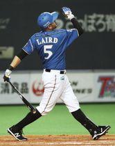 3回日本ハム1死、レアードが左越えに本塁打を放つ=札幌ドーム