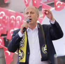 トルコ北西部テキルダーで、選挙演説を行う野党、共和人民党(CHP)のインジェ議員=18日(共同)