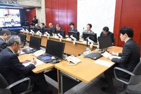 新型コロナウイルスに関する県民の相談状況などが報告された対策本部会議