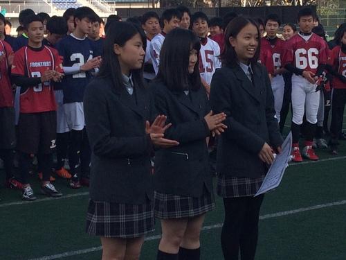 中学生女子の部で優勝した立命館宇治=12月21日、川崎富士見球技場