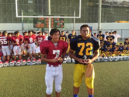 最優秀選手に選ばれた平松選手(左)と敢闘賞の春日選手=写真提供・森川貴子さん