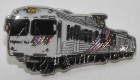 アルピコ交通上高地線の車両をデザインしたピンバッジ
