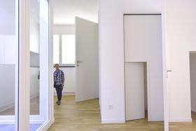 ベネチア・ビエンナーレ国際建築展で金獅子賞を受賞したスイス館の展示=24日、イタリア・ベネチア(共同)