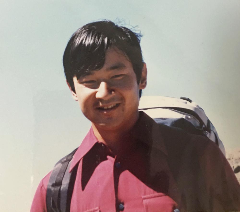 1986年8月、八ケ岳に登られた際の26歳の天皇陛下(八ケ岳の山小屋元経営者浦野栄作さん提供)
